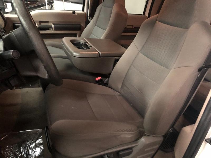 Ford Super Duty F-250 2009 price $18,990