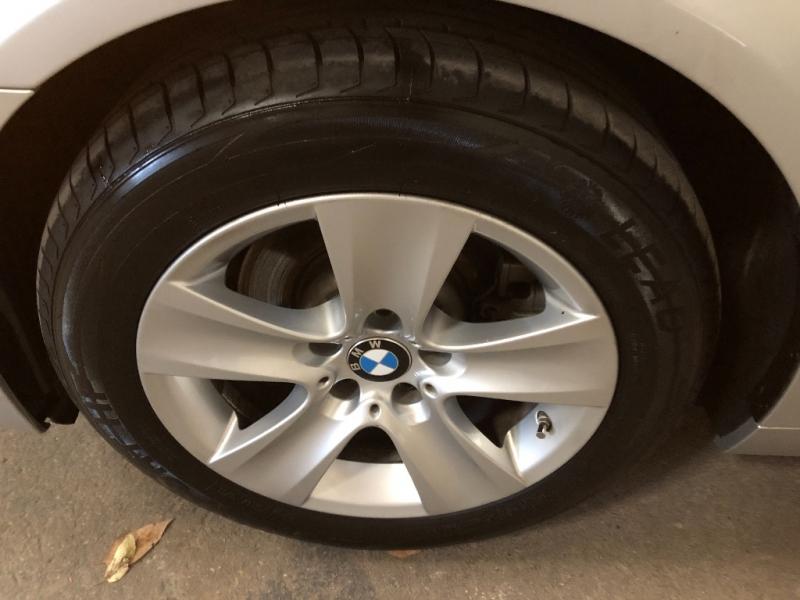 BMW 5-Series 2011 price $13,990