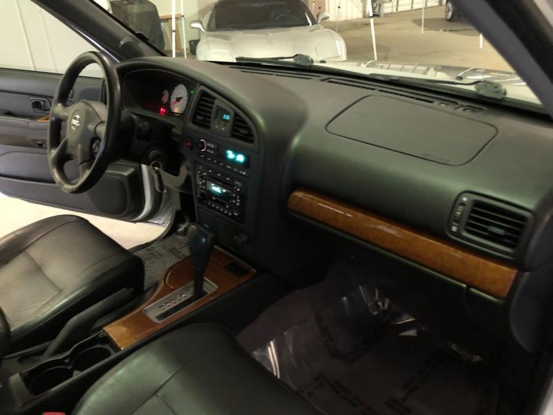 Nissan Pathfinder 2003 price $4,990