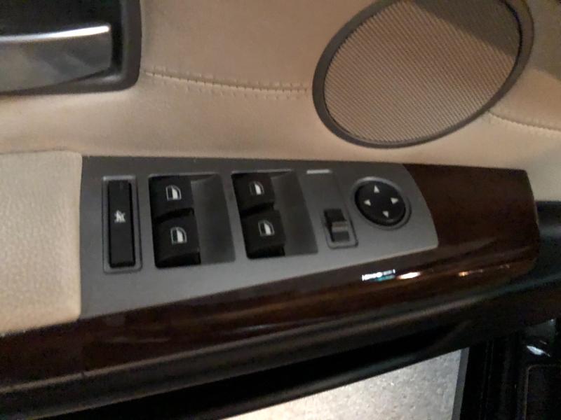 BMW 7-Series 2006 price $6,990