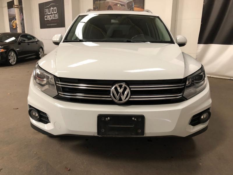 Volkswagen Tiguan 2016 price $10,990