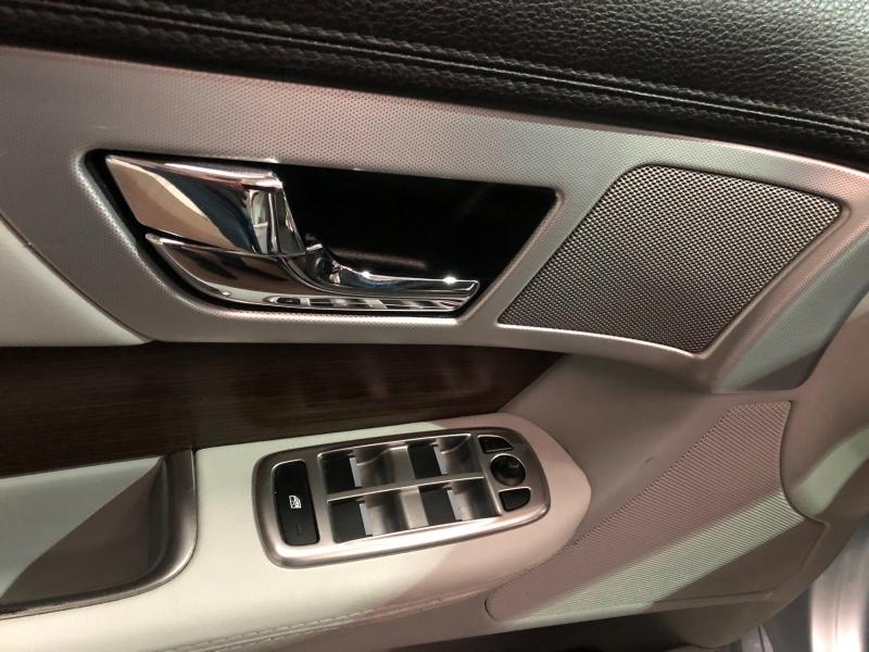 Jaguar XF 2013 price $12,990