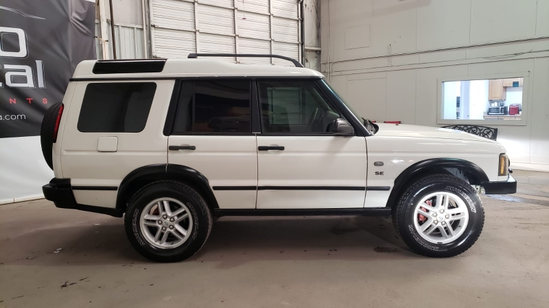 Land Rover Discovery 2003 price $6,990
