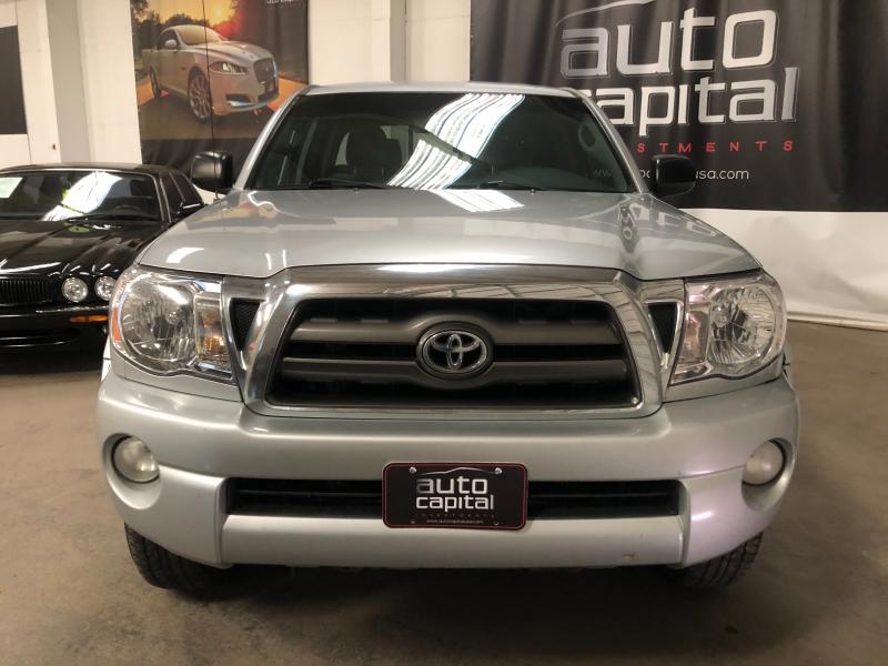 Toyota Tacoma 2009 price $12,990