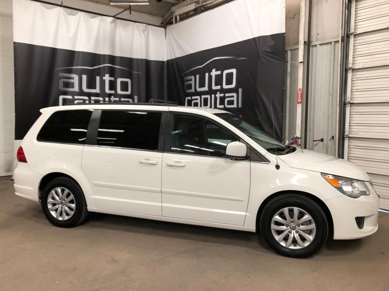 Volkswagen Routan 2012 price $8,490