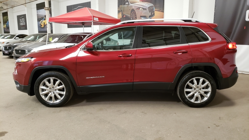 Jeep Cherokee 2017 price $14,590