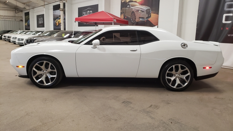 Dodge Challenger 2015 price $15,990