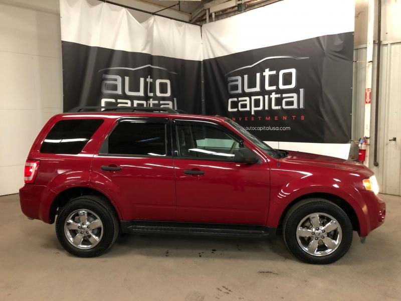 Ford Escape 2010 price $5,990