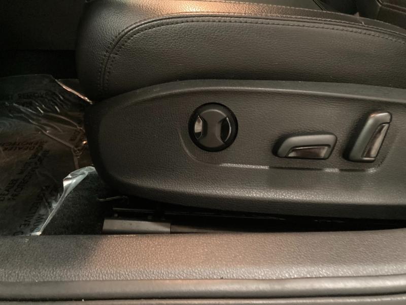 Volkswagen Passat 2015 price $9,490