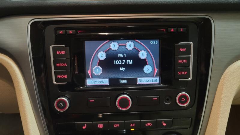 Volkswagen Passat 2014 price $9,990
