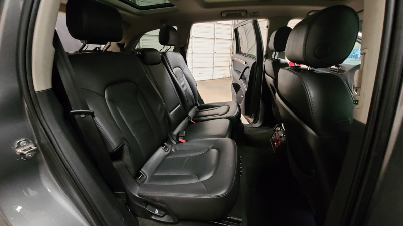 Audi Q7 2010 price $12,990
