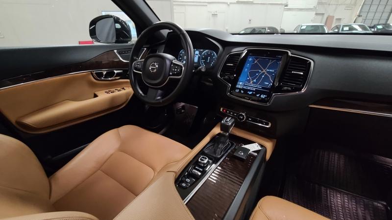 Volvo XC90 2016 price $29,990