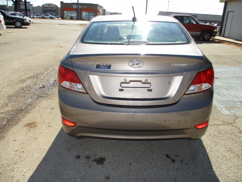 Hyundai Accent 2013 price Call for Price