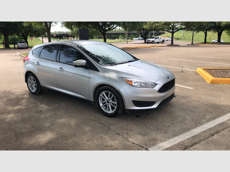Ford Focus 2017 price $7,999