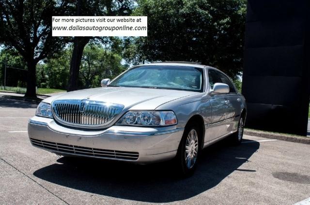 2006 Lincoln Town Car 4dr Sedan Signature Limited Dallas Auto