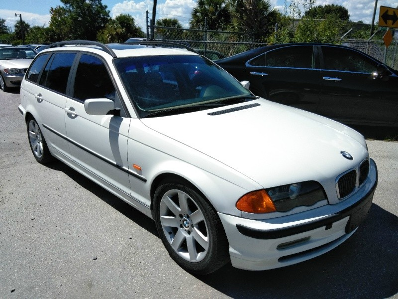 BMW 3-Series 2000 price $3,950