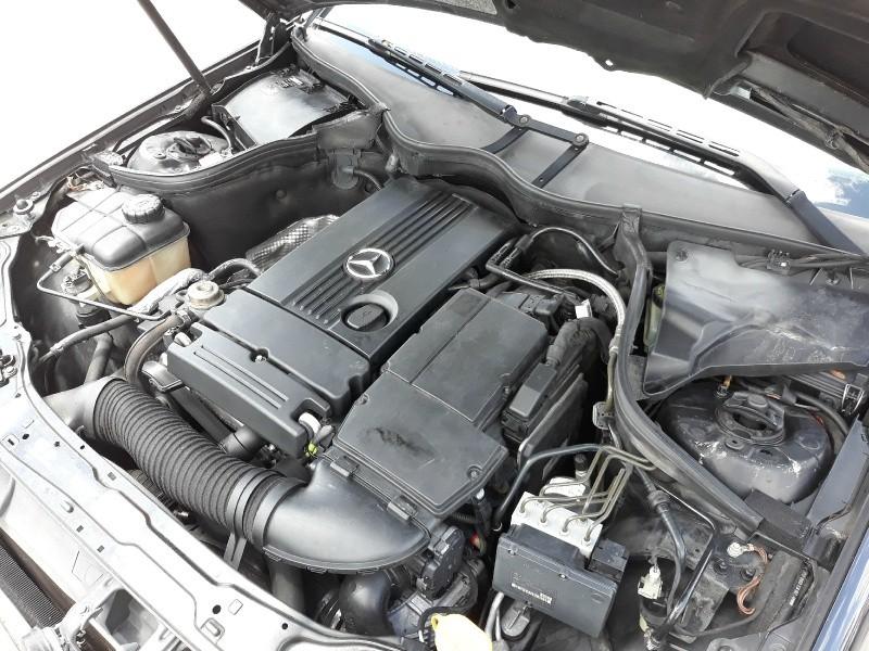 Mercedes-Benz C-Class 2004 price $2,450