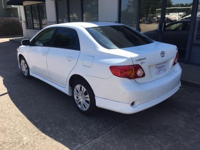 Toyota Corolla 2009 price $5,796