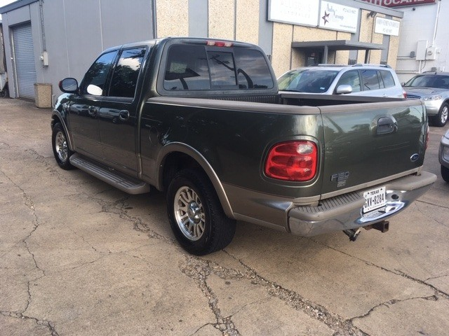 Ford F-150 SuperCrew 2001 price $5,997