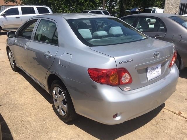 Toyota Corolla 2010 price $5,489
