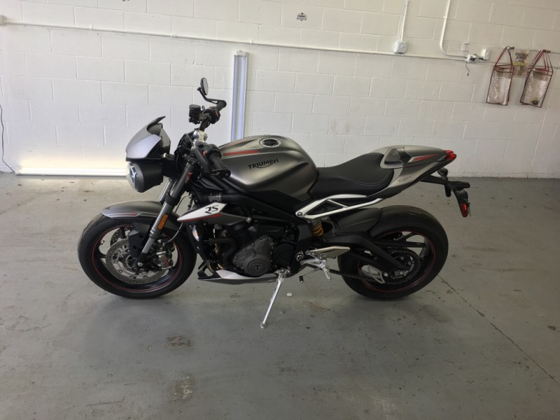 TRIUMPH STREET TRIPLE 2018 price $10,999