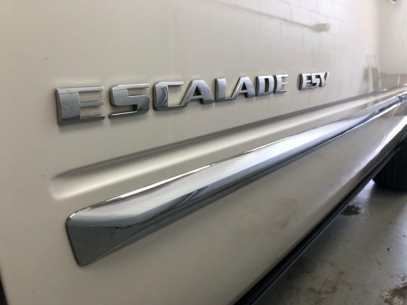 CADILLAC ESCALADE 2011 price $15,833