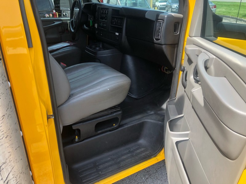 GMC SAVANA 2014 price $16,700