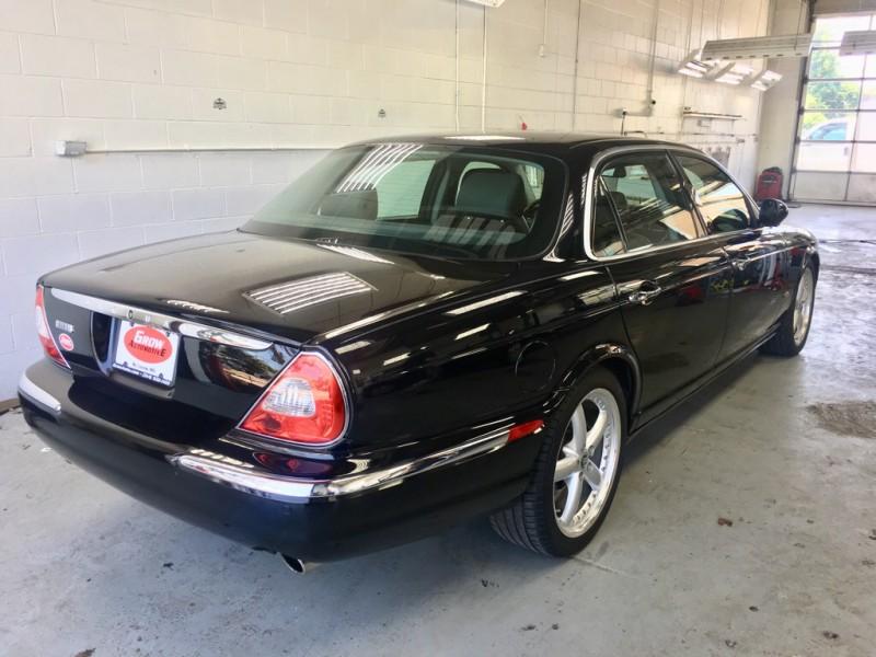 JAGUAR XJ8 2006 price $8,024
