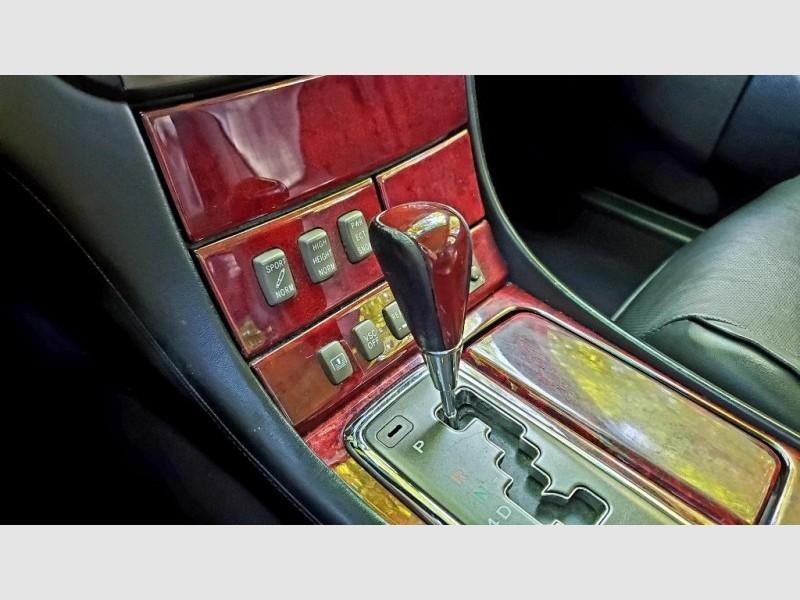 Lexus LS 2001 price $8,997
