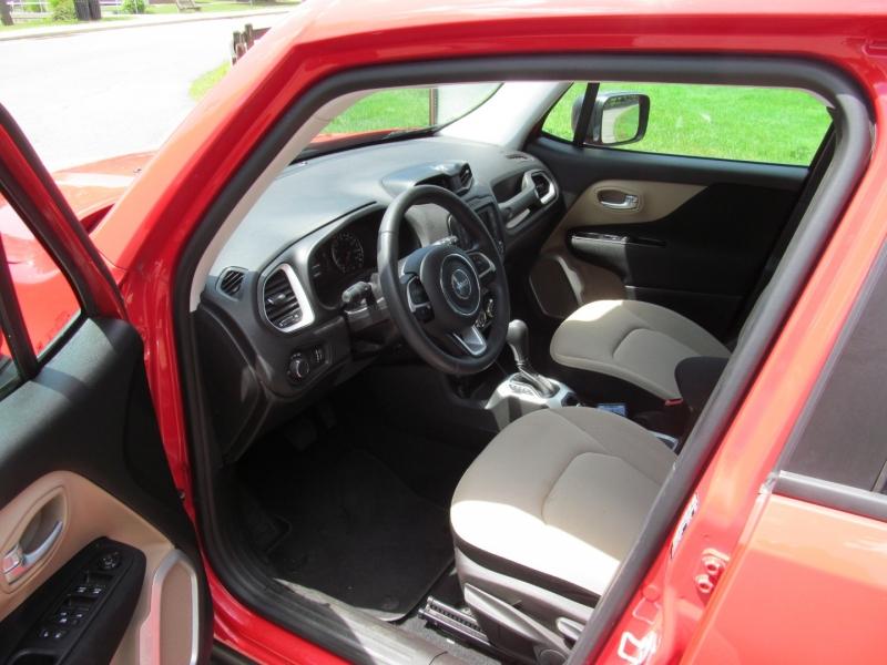 Jeep Renegade 2016 price $15,795