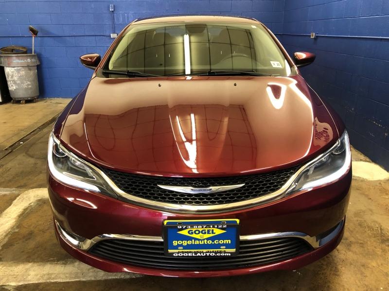 Chrysler 200 2016 price $14,495