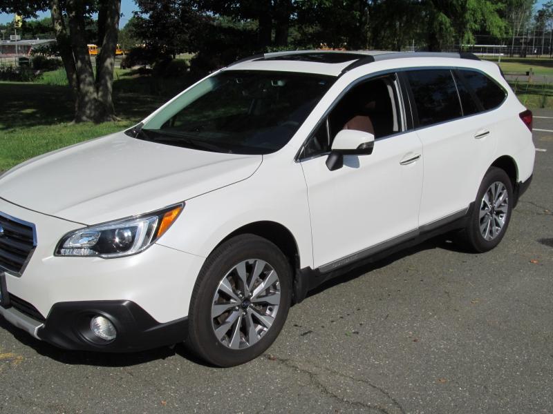 Subaru Outback 2017 price $26,995