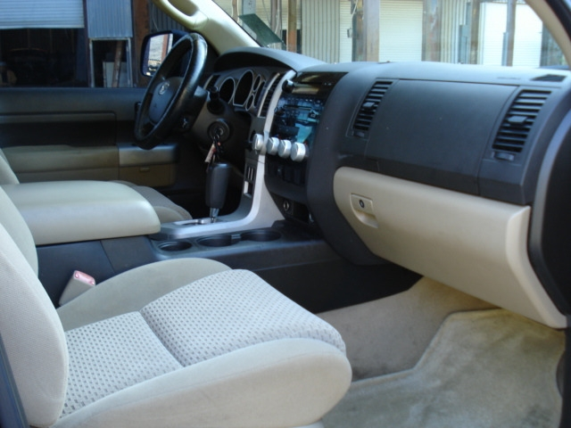 Toyota Tundra 2007 price $7,990