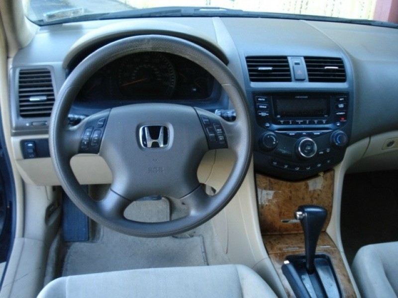 Honda Accord 2005 price $3,490