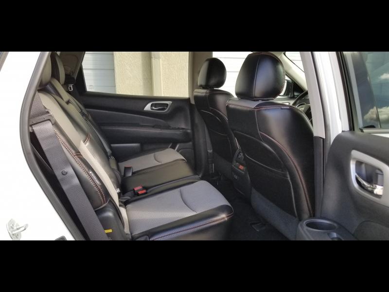 Nissan Pathfinder 2019 price $17,900 Cash