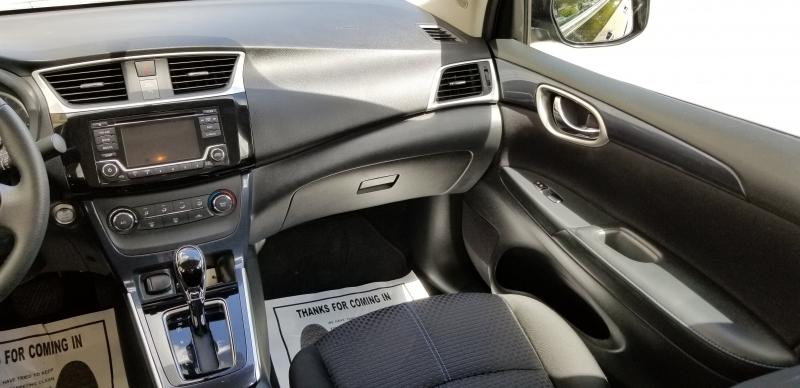 Nissan Sentra 2017 price $8,200 Cash