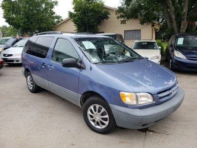 1998 Toyota Sienna LE 3dr Mini Van NEW ENGINE