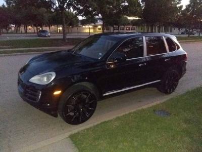 2009 Porsche Cayenne Base AWD 4dr SUV $9995 cash + TTL