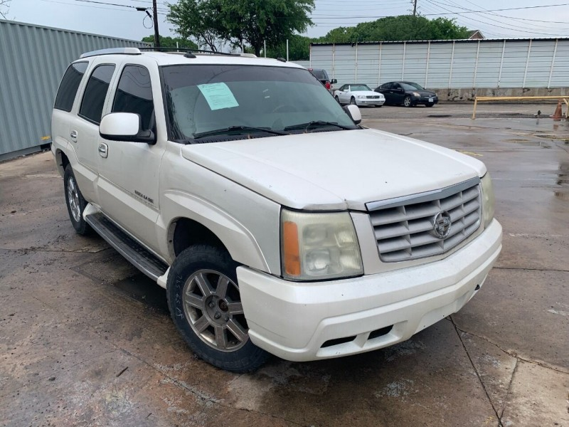 Cadillac Escalade 2003 price $3,900