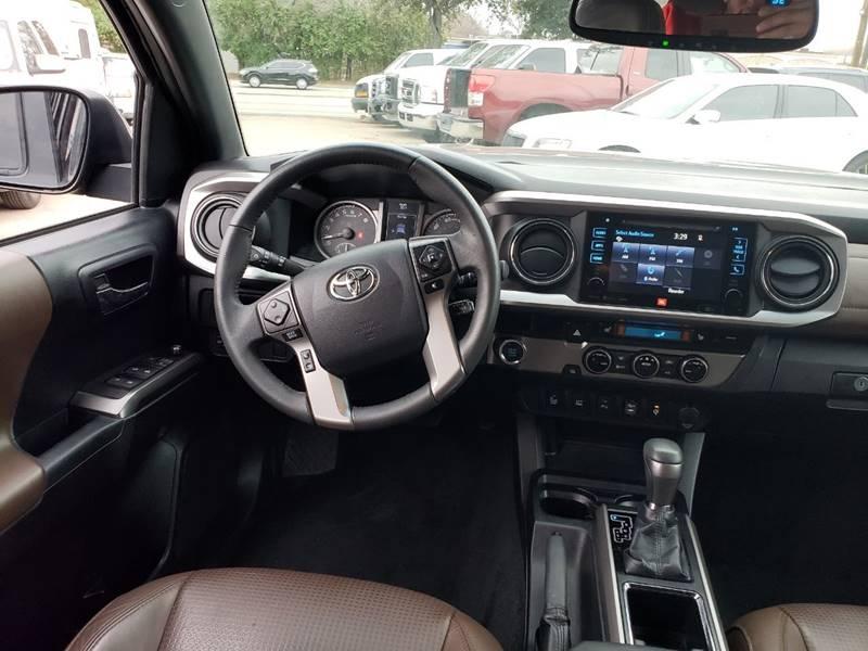Toyota Tacoma 2016 price $24,995