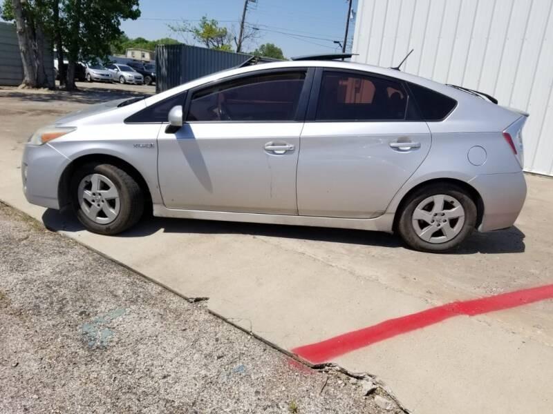 Toyota Prius 2010 price $4,995
