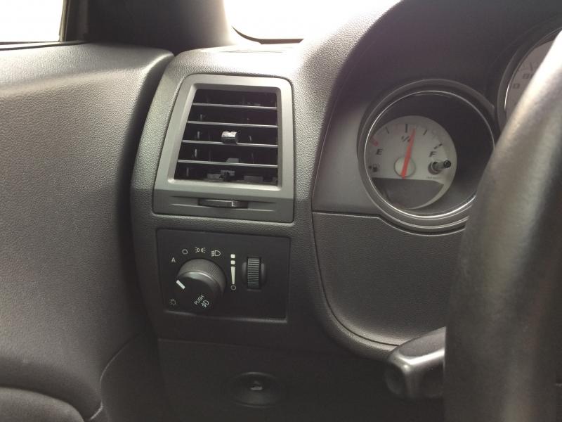 Dodge Challenger 2008 price $14,985 Cash