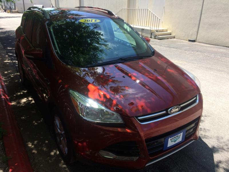 Ford Escape 2014 price $11,575 Cash