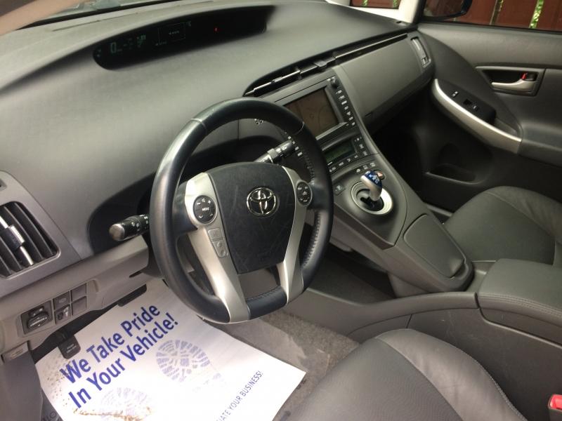 Toyota Prius 2010 price $7,950 Cash