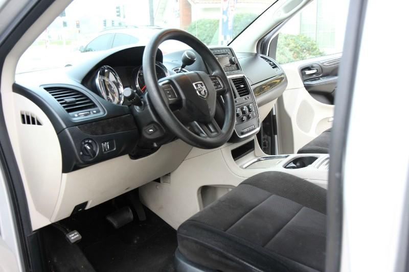 Dodge Grand Caravan 2012 price $7,495