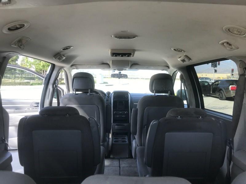 Dodge Grand Caravan 2010 price $5,000