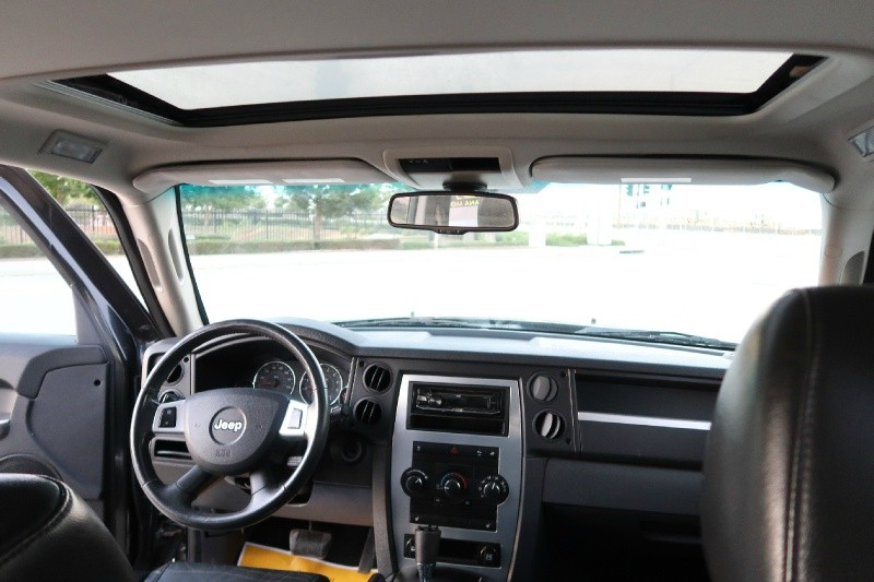 Jeep Commander 2010 price $8,995