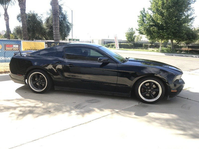 Ford Mustang 2011 price $10,000