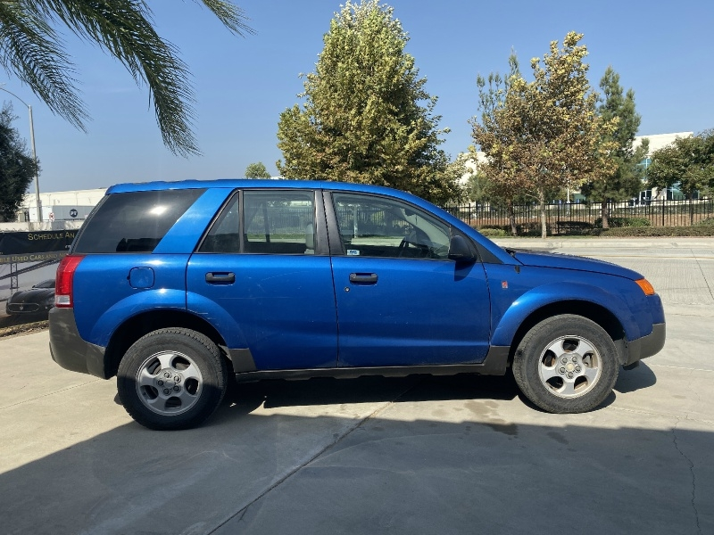 Saturn VUE 2003 price $2,995