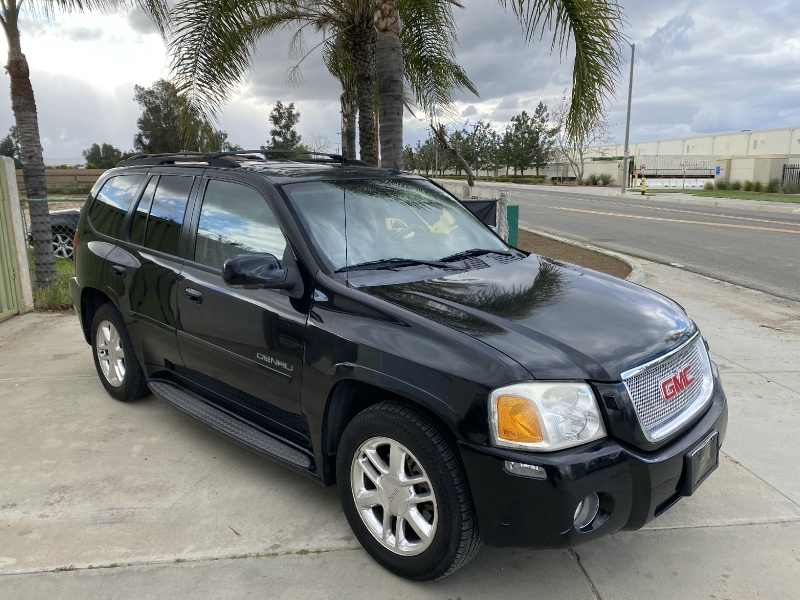 GMC Envoy 2006 price $7,500
